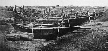 An enlargement of the photo of boats on the foreshore 1904 – with the permission of Mohammad Naseer