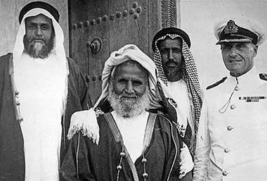 Sheikh Hamad bin Abdullah al Thani on the left
